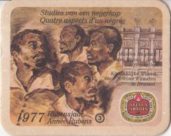 Stella Artois - 1977 Rubensjaar - Studies Van Een Negerkop - Nummer3 - Ongebruikt Exemplaar - Bierviltjes