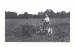 Photo Agriculture, Agriculteur Dans Son Champ, Matériel De Fauchage ? - Professions