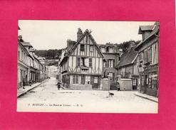 27 EURE, BERNAY, La Route De Lisieux, Animée, (N.G.) - Bernay