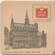 Stella Artois - Bruxelles/Brussel - Maison De Roi/Broodhuis - Gebruikt Exemplaar/speldenprikgaatje -zie Scan - Bierviltjes