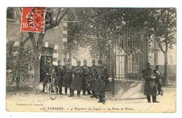 CPA 89 AUXERRE 4e Regiment De Ligne Le Poste De Police - Auxerre