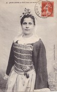 Jeune Femme De BATZ Dans Son Nocial - Batz-sur-Mer (Bourg De B.)