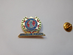 Beau Pin's , Police Nationale , IPA CLUB Rouen , International Police Association - Politie