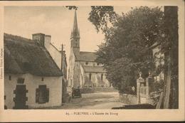 Pleuven - L' Entrée Du Bourg - Frankreich
