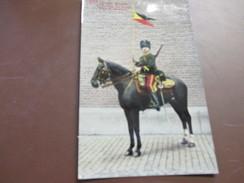 Armée Belge, 1ste Regiment Des Guides, Tenue De Campagne - Uniformes