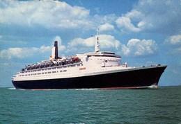 SHIPPING - J ARTHUR DIXON - RMS QUEEN ELIZABETH 2 Ship71 - Steamers
