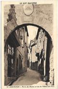 GOURDON - Porte Du Majou Et Rue De L'Hôtel De Ville - Gourdon