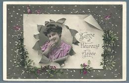 CPA - JEUNE FEMME - BONNE ANNÉE - TARARE (RHÔNE) - Women