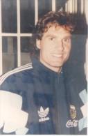 OSCAR ALFREDO RUGGERI RUNZAL FUTBOLISTA ARGENTINO Y DIRECTOR TECNICO DE FUTBOL FUTEBOL BALOMPIE FOOTBALL SOCCER - Sports