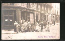 Photo-CPA Paris, Pharmacie Trezel, Rue Trézel, Menschen Vor Der Apotheke - Non Classés