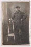 Carte Photo Soldat 1918 - Uniformi