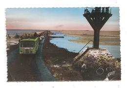 Noirmoutier-Le Passage Du Gais-Autocars-(B.8580) - Noirmoutier