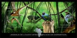 GUINEA 2012 SHEET ENDANGERED WEST AFRICAN ANIMALS BIRDS OISEAUX PASSAROS VOGELS PAJAROS WILDLIFE Gu12204a - Guinea (1958-...)