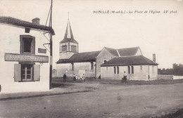 49 NUAILLE / PLACE DE L EGLISE ( UNION VENDEENNE ) Circulée Timbrée Timbre Tampon TAXE - Other Municipalities