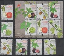 PORTUGAL, 2017, MNH,FRUITS,FIGS, PASSION FRUIT, APPLES, GRAPES, 6v+SHEETLET - Fruits