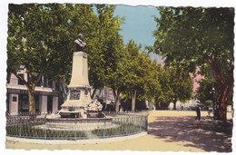 L ' ISLE Sur SORGUE  Place Gambetta - L'Isle Sur Sorgue