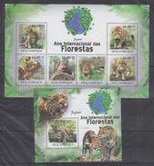 MOZAMBIQUE  2011 Jaguars  Sheetlet+SS Perf. - Big Cats (cats Of Prey)