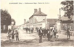 Dépt 60 - LIANCOURT - Établissements A. Bajac (matériels Pour Toutes Cultures) - Sortie Des Ateliers (Delahaye-Tailleur) - Liancourt