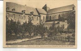 45. Paimpont, Eglise, A Gauche Ancienne Habitation Des Moines - Paimpont