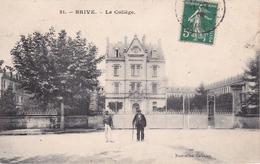 CPA (19)  BRIVE.  Le Collège, Grand-père Avec Sa Canne Et Canotier. ...T591 - Brive La Gaillarde