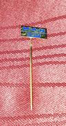 MAN BUSES, GERMANY DEUTSCHLAND, ORIGINAL VINTAGE PIN BADGE - Badges