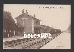 DD / TRANSPORTS / CHEMINS DE FER / TRAIN EN GARE DE VALDAHON ( DOUBS ) - Stations With Trains