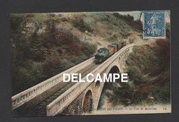 DD / TRANSPORTS / CHEMINS DE FER / TRAIN FRANCHISSANT LE PONT DE MALAVAUX AUX ENVIRONS DE VICHY ( ALLIER ) / 1921 - Trains