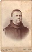 Photo Sur Carton Foto Op Hard Karton (6 X10cm) Charleroi  Priester ? Pastoor ? Pater ? - Charleroi