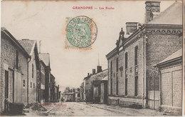 08 Grandpré 1905  RARE Les Ecoles éditeur Matillot à Grandpré - Autres Communes