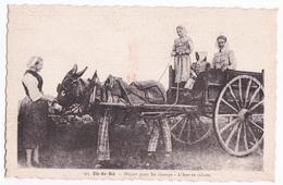 Ancienne Carte Animée, âne à Culottes Ile De Ré, Départ Pour Les Champs - Paysans