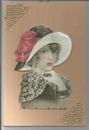 Carton Artisanal (collages) En Relief. Hartelijk Gefeliciteerd. Jeune Femme Années Folles. Dorures Décoratives. - Fantaisies