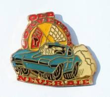 Pin's OLD CORVETTES NEVER DIE - Chevrolet Corvette - G218 - Corvette