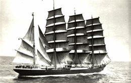 PRIWALL    +- 14* 9 CM Voilier - Velero Sailboat - Barcos