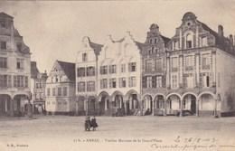 CPA Arras, Petite Place, Vieilles Maisons De La Grand Place (pk34208) - Arras