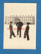 Photo Ancienne - KAISERSLAUTERN - Groupe De Militaire , Voir Uniforme - 1956 - Caserne Française En Allemagne - War, Military