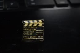 PIN'S CLAP CINEMA HOLLYWOOD  P3 - Badges