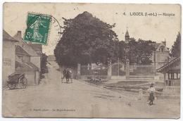 LIGUEIL ( 37 - Indre Et Loire ) - Hospice ( Rue Animée , Personne , Attelage ...) - Francia