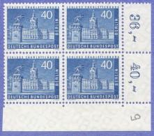 BER  SC #9N131 MNH B4 1957 Charlottenburg Castle CV $34.00 - Unused Stamps