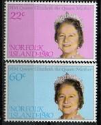 PIA - NORFOLK  - 1980 : 80° Compleanno Della Regina Madre Elisabetta - (Yv 251-52) - Isola Norfolk