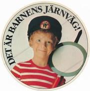 Schweden Vignette Eisenbahn Det är Barnes Järnväg Junge Als Fahrdienstleiter - Eisenbahnverkehr