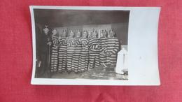 RPPC   8 Men In Prison Uniform & 1 Policemen -ref 2553 - Prison