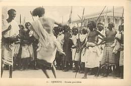 Ref T593- Djibouti - Danse Guerrieres   -carte Bon Etat  -postcard In Good Condition  - - Djibouti