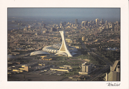 CPSM/gf  MONTREAL (Canada).  Le Stade Et Le Centre Ville. ...F069 - Montreal
