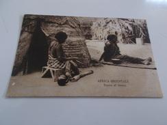 B642  Africa Orientale Donne Al Lavoro Non Viagg.macchioline Umido Cm13,5x9 - Cartoline