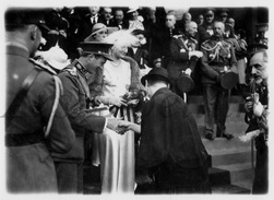 REAL Photo / ROYALTY / Belgique / Belgium / Reine Astrid / Koningin Astrid / Roi Leopold III / Liège / 1935 - Beroemde Personen