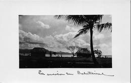 ¤¤   -  TAHITI  -  Cliché De Maisons Tahitiennes  -  Voir Description    -  ¤¤ - Tahiti