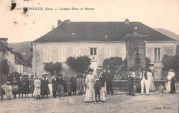 ¤¤  -  175   -  CONLIEGE   -  Grande Place Et Mairie        -  ¤¤ - Altri Comuni