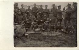 CARTE PHOTO ALLEMANDE - GUERRE 14-18 - SOLDATS ALLEMANDS - BIVOUAC - Weltkrieg 1914-18