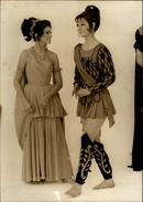 PHOTO - Photo De Presse - Télévision - Christine DELAROCHE - 1969 - AGIP - Personnes Identifiées
