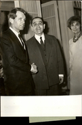 PHOTO - Photo De Presse - POLITIQUE - ROBERT KENNEDY - PIERRE MENDES FRANCE - 1967 - Personnes Identifiées